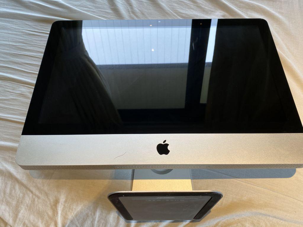 iMac の修理依頼がありました